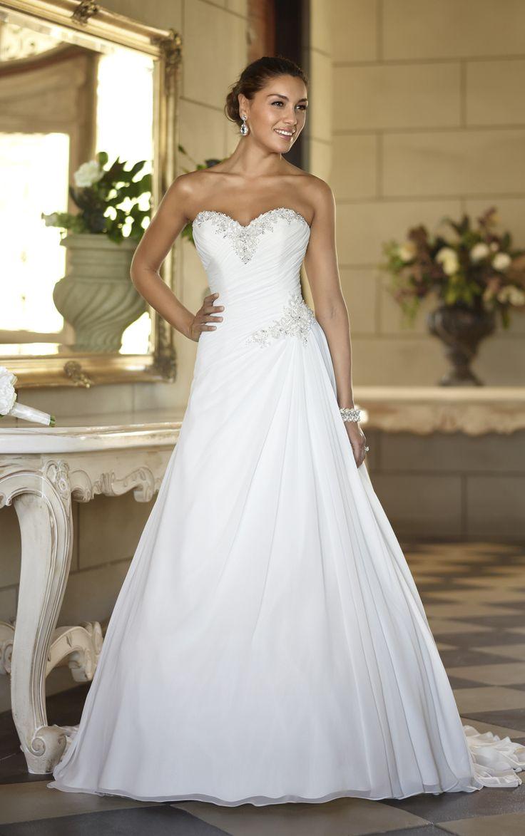 Best 25+ Ruched wedding dress ideas on Pinterest | Princess ...