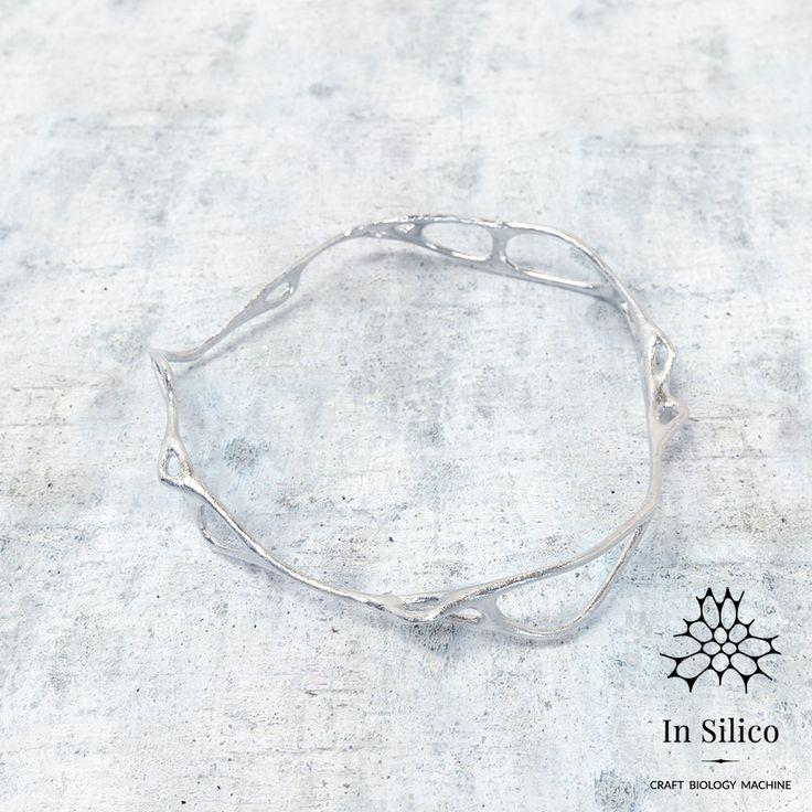 'Phenotype' bracelet. Bone structure inspiration, 3d printing, nickel steel. More info on our site: insilico.pl #minimal #3dprint #jewelry #generativedesign #design #bracelet