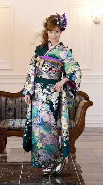 KIMONO. Foreigners in Japan probably don't notice this but if you do it the wrong way the Japanese will tell you it's Wrong! There's only one way to close the front of the kimono. If you put the wrong side down ....it's for a corpse, not a living person.