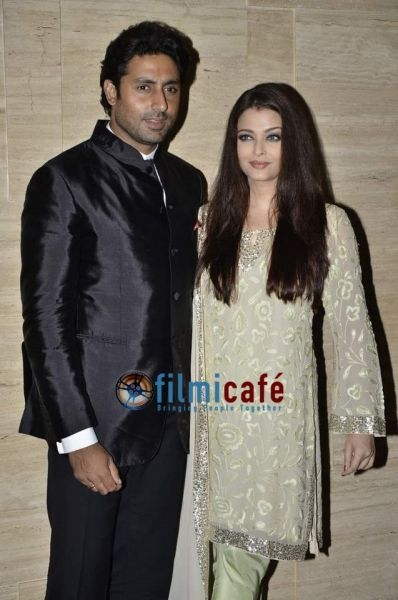 Aishwarya, Raveena and Akshay Kumar at Asin Thottumkal's Birthday Party - Filmicafe