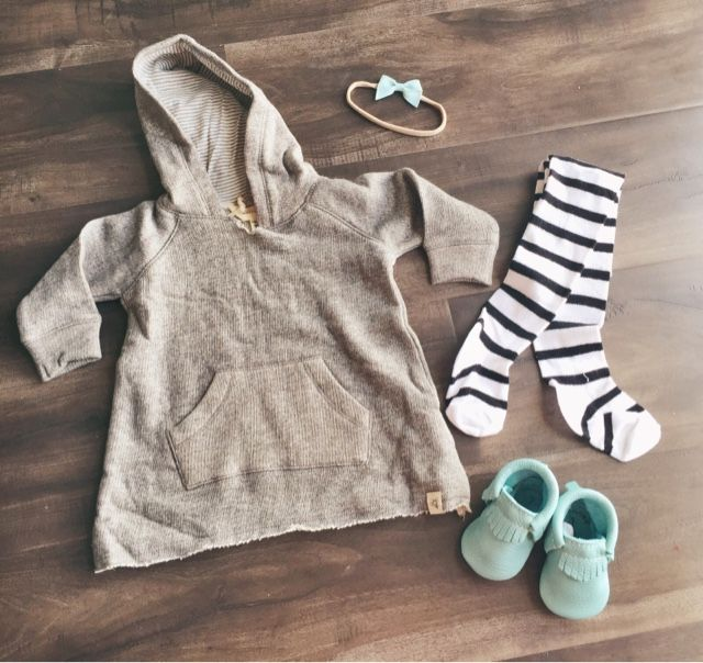 Freshly Picked Moccasins // Freshly Picked Moccasin Giveaway  // Baby Girl Outfit // June and January