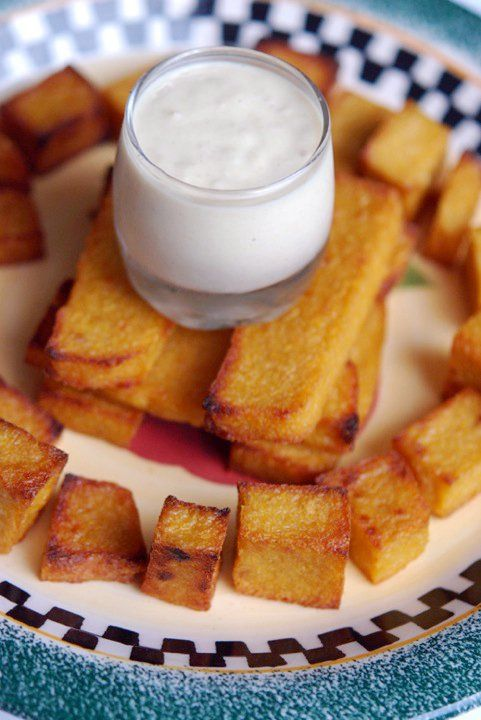 Betty's Bites: Baked not Fried Polenta chips with Aoli