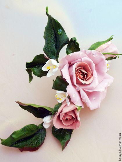 Украшение для волос с невесомыми розами цвета кофе - бежевый,кофе,цветы