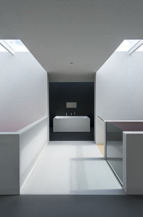 Bathroom of Cube House - Picture gallery