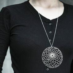 Moorigin Dahlia Pendant Necklace Large - Silver
