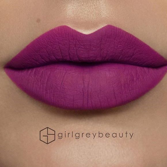 Matte purple lipstick •Brand new (not mac) •Highly pigmented lasts all day •Matte finish  •Color: #09 •2 for $20                                                                  •3 for $25                                                                  (6,9,14,15,18,22,25,28,32,33,36 available) MAC Cosmetics Makeup Lipstick