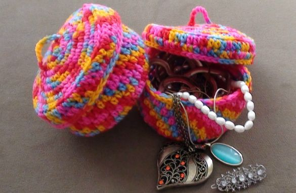 Crochet Jewelry Bowl. All of the bright colors remind me of Bubble-icious bubble gum and Easter eggs! ¯\_(ツ)_/¯