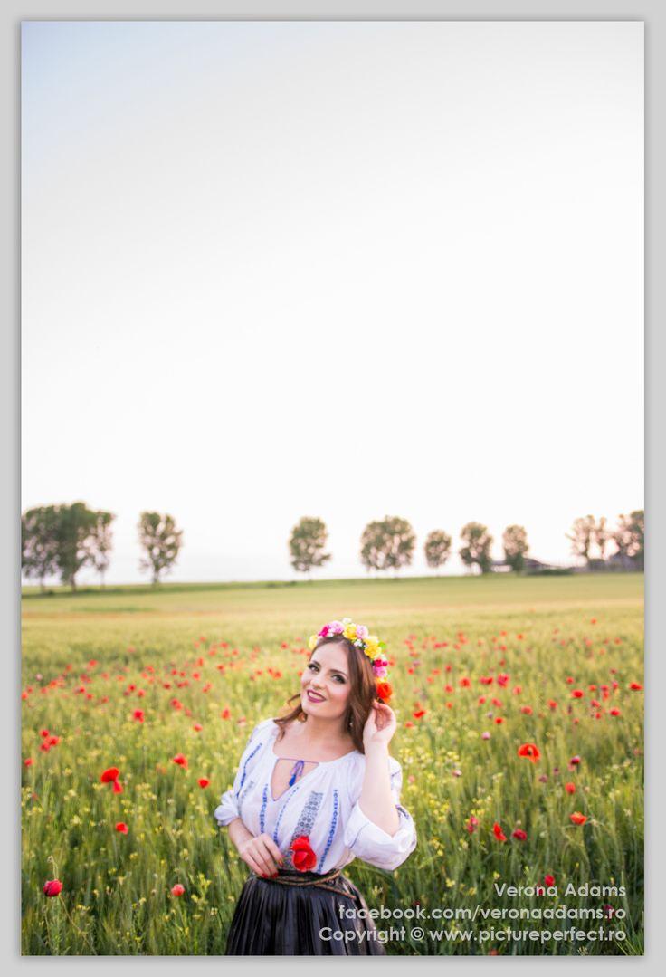 Verona Adams - solista de muzica populara si usoara la evenimente si spectacole.   Verona Adams - singer, songwriter, all-round artist based in Romania.    https://www.youtube.com/c/VeronaAdams https://www.facebook.com/veronaadamsmusic/  Photography by www.pictureperfect.ro