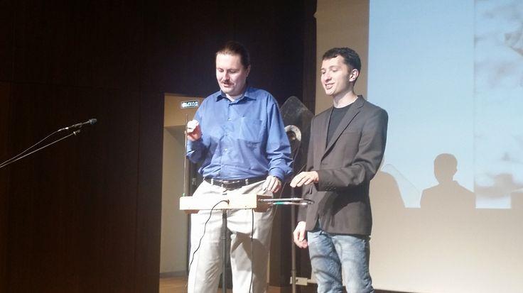 25-27 сентября в Уфе прошел Фестиваль Науки - ежегодное мероприятие по популяризации науки среди школьников, студентов и взрослых. В этом году я был не только зрителем, но и сам прочитал несколько лекций. Предлагаю вашему вниманию немного сумбурный репортаж с двух дней фестиваля. Фотографии расположены в хронологическом порядке.  #блог #livejournal #фестиваль #ScienceSlam #lozga #ФилиппТерехов #BigData #Уфа #Башкортостан #новости #BashkortostanOpen http://bashkortostanopen.ru/blogs/