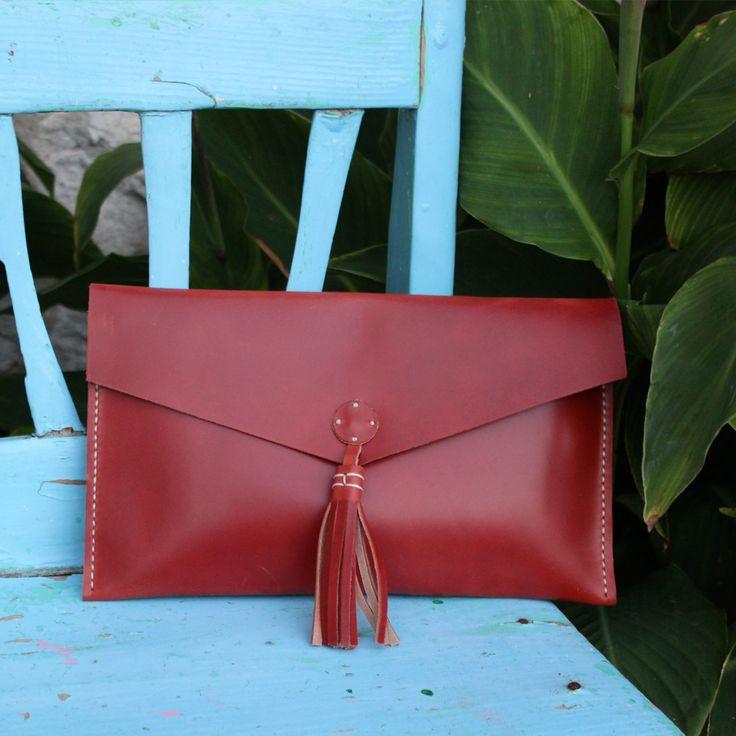 Clutch bolso de mano de cuero color teja – Follow the Folk