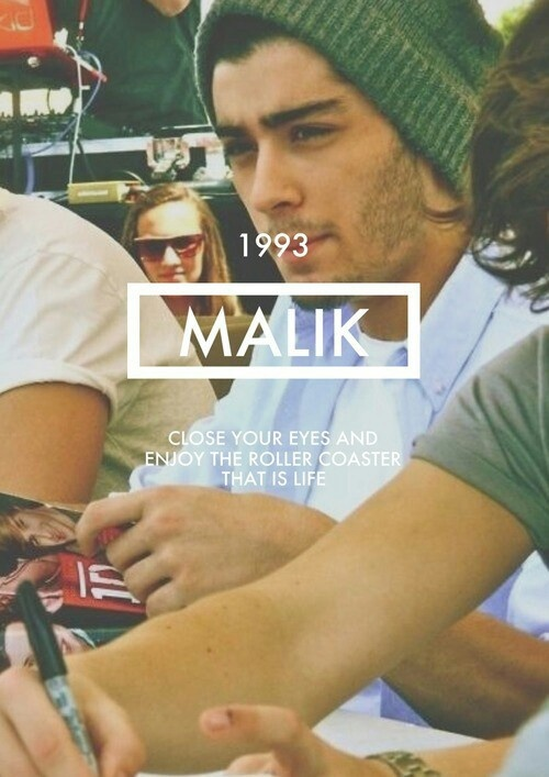 """I think the world is not complete without a shirt that says """"Malik 1993"""" im gonna make one"""