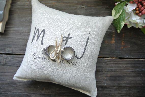 Personalizzata Ring Bearer Pillow personalizzato di DecoratedRoom