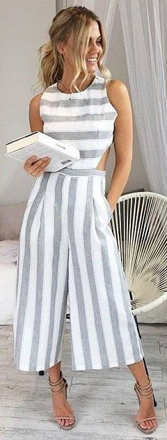 #winter #outfits Crushing On Our 'Out Dream Yourself Jumpsuit In Grey Stripe'✨Shop Now Via The Link In Our Bio  #executiveponies
