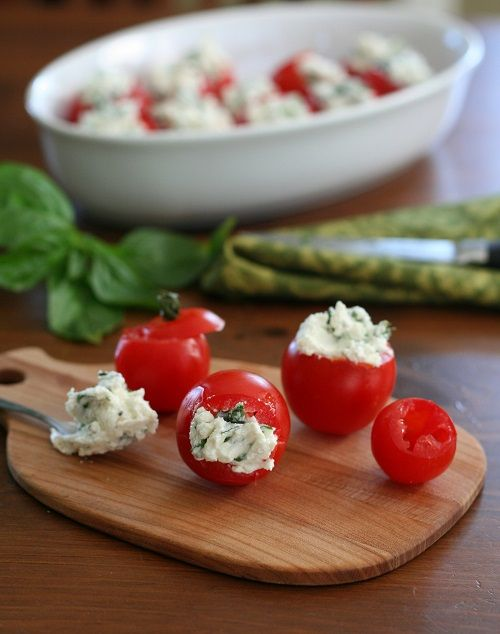 Low Carb Cherry Tomatoes Stuffed with Goat Cheese, Garlic and Basil