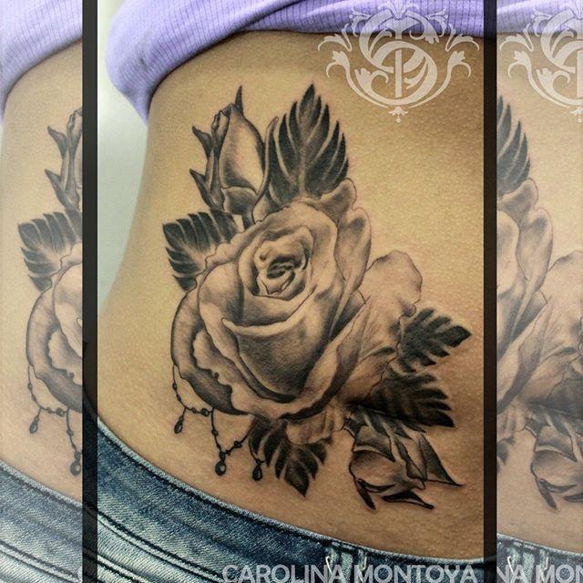 #caromontoyatattoo #tattoo #bngtattoo #bng #tatuaje #blackandgrey #blackandgreytattoo #rose #rosetattoo #colombiatattoo