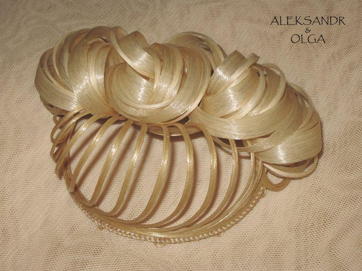 Украшение - ПУЧОК для Волос - постиж (из натуральных волос) с элементами плетения, светлый блонд, широкий объёмный пучок http://www.aleksandr-and-olga.ru/ http://www.livemaster.ru/hair-jewellery