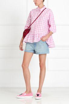 Блузка в клетку Mixer. Блузка в бело-розовую клетку. Модель из коллекции молодого российского бренда Mixer застегивается на пуговицы, есть своеобразная баска. Универсальная базовая вещь: носить можно с джинсами, брюками или с шортами.