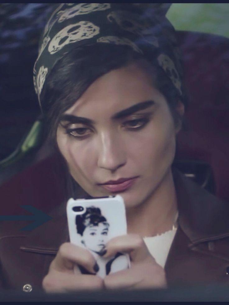 Elif Denizer  #karaparaask #karaparaaşk   #tubabüyüküstün #sinyorina #blackmoneylove #AudreyHepburn