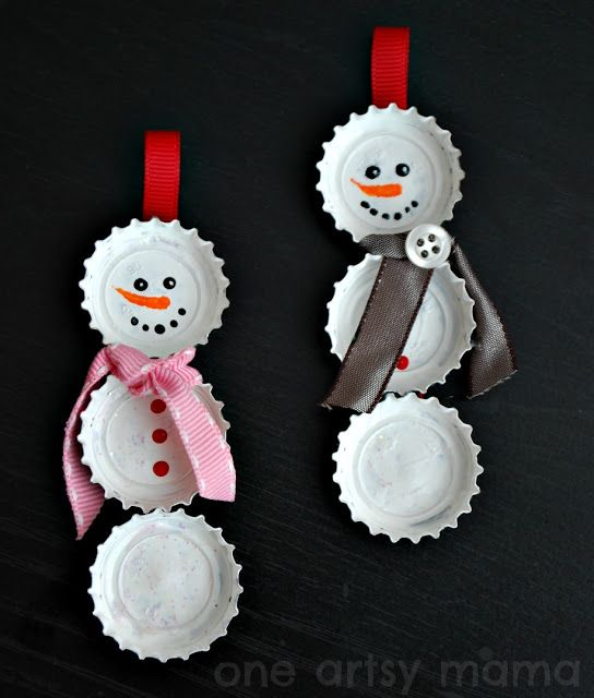 Bottle Cap Snowman Ornaments | One Artsy Mama #christmas #crafts #kids