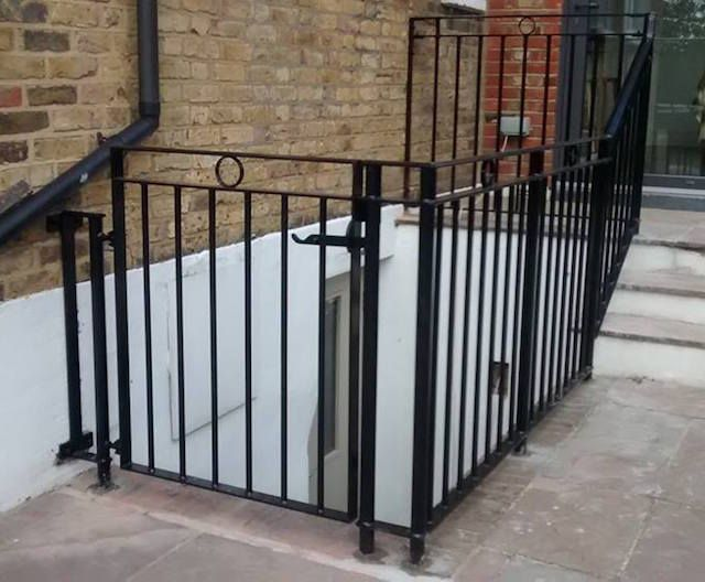 Urban Iron - Custom metal fabrication from conception to installation, including railings and gates
