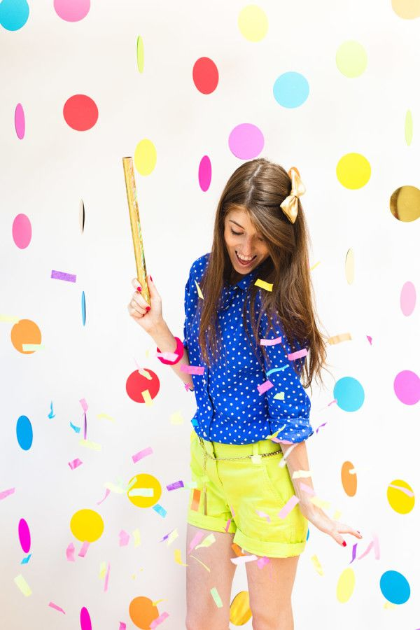 DIY Floating Confetti Photobooth (+ Confetti Wands)