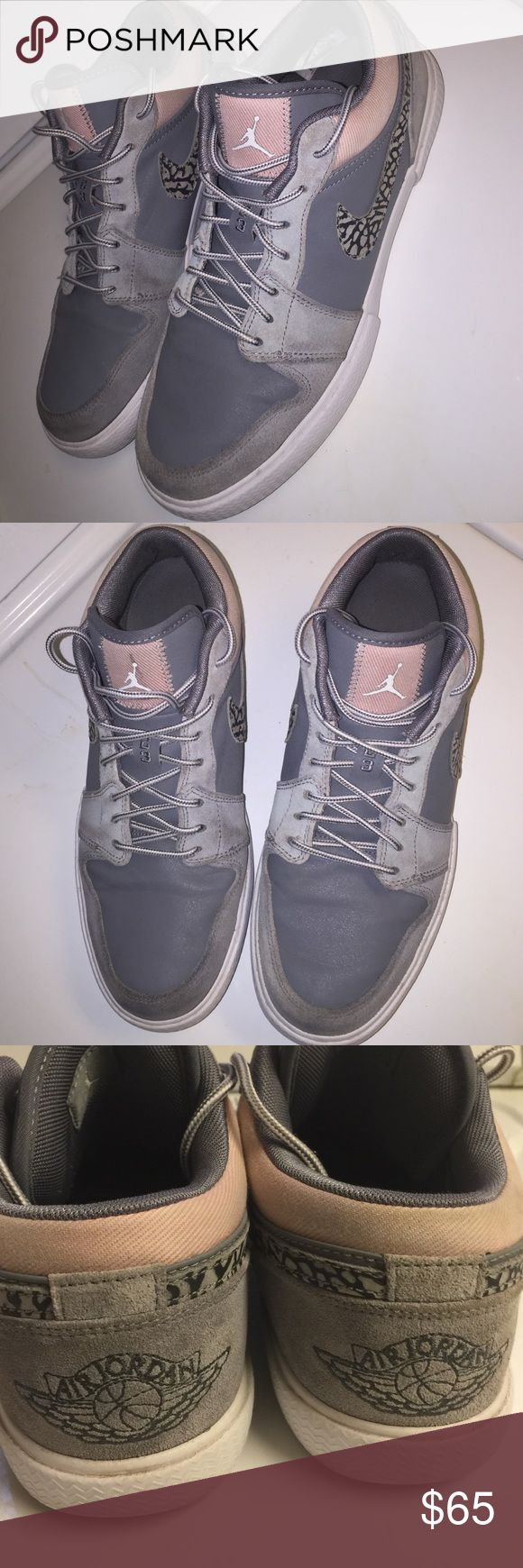 Michael Jordan's Low Top Sz 9 Mens - Excellent used Condition. No defects Michael jordan Shoes Sneakers