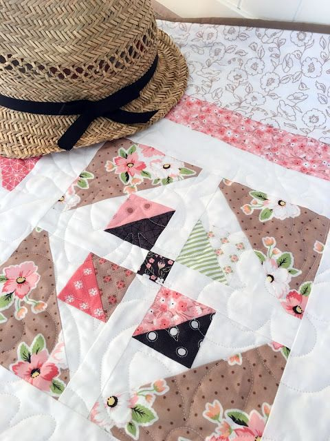 Layer Cake Quilt Missouri Star : 1000+ ideas about Layer Cake Quilts on Pinterest Quilts ...