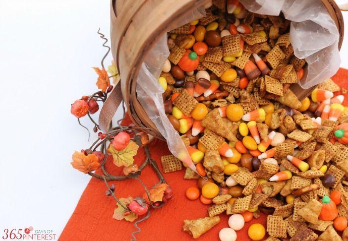 pumpkin-spice-snack-mix-basket