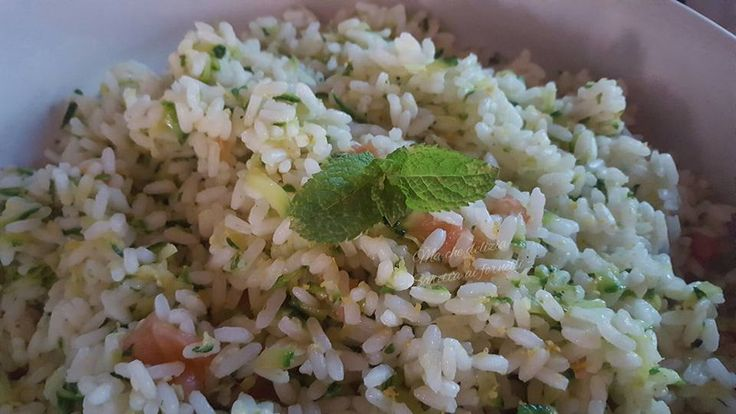 Riso+freddo+con+salmone,+zucchine+e+menta