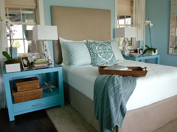 HGTV bedroom: Hgtv Bedrooms, Perfect Palettes, Color Palettes, Bedrooms Colors, Blue Bedrooms, Colors Palettes, Master Bedrooms, Colors Schemes, Bedrooms Ideas