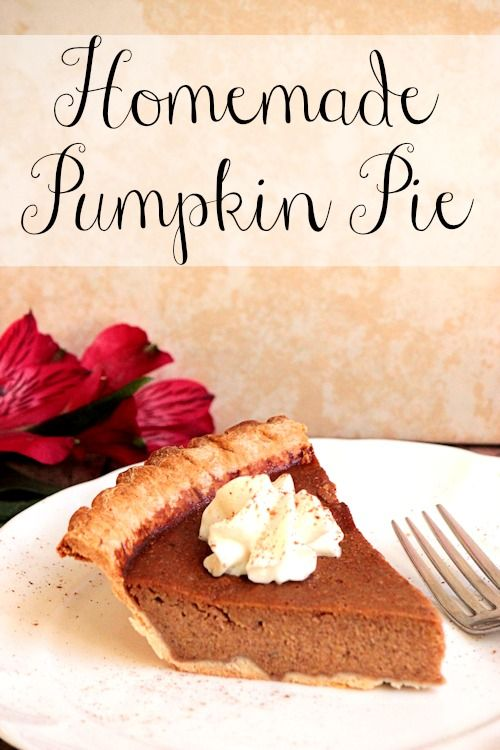 Homemade Pumpkin Pie | BigBearsWife.com @Angie Barrett - Big Bear's Wife.com