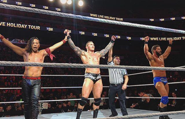 wwe #WWEDetroit received a late holiday gift in the form of this MEGA trio!  @randyorton @shinsukenakamura #BobbyRoode Little Caesars Arena 2017/12/28 11:08:58