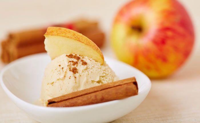 (1) Winterliches Apfel Zimt Eis selbst machen — Dein Dessert