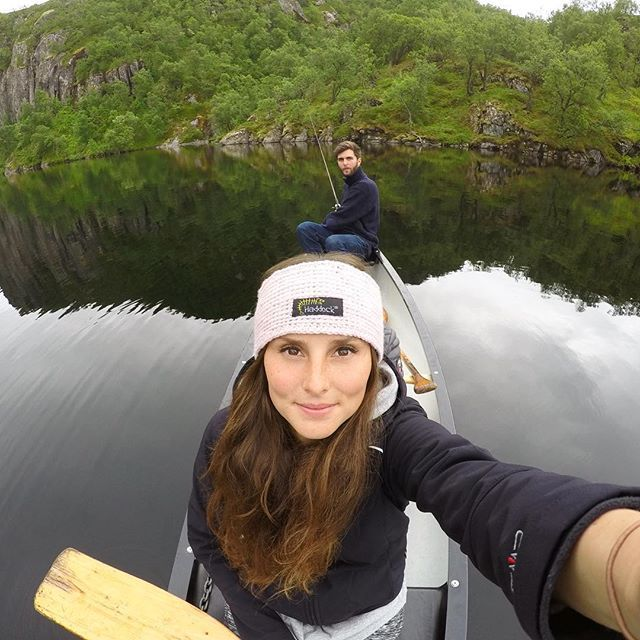 If you're hungry, go fishing 🎣🤗 . . . #fishing #canoeing #lake #visitnorway #nofish  #beautifuldestinations #norway #mountains #loveyou #nature #headband #withyou #familyweekend #hütte #travelgirls #travel #wanderlust #outdoor #outdoorfun #norge #adventuretime #adventureculture