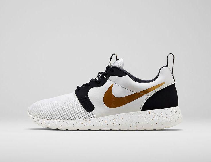 Nike Roshe Run Hyperfuse - Nike Gold Hypervenom Collection