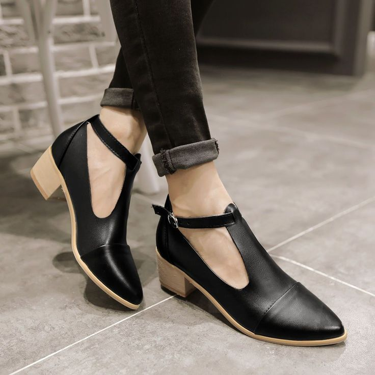 Women'S Oxford Mid Block Heel Shoes Pointy Toe T-Strap Ankle Buckle Casual Pumps