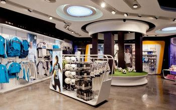 Picture  Real Madrid - Official Store, Madrid / Visplay