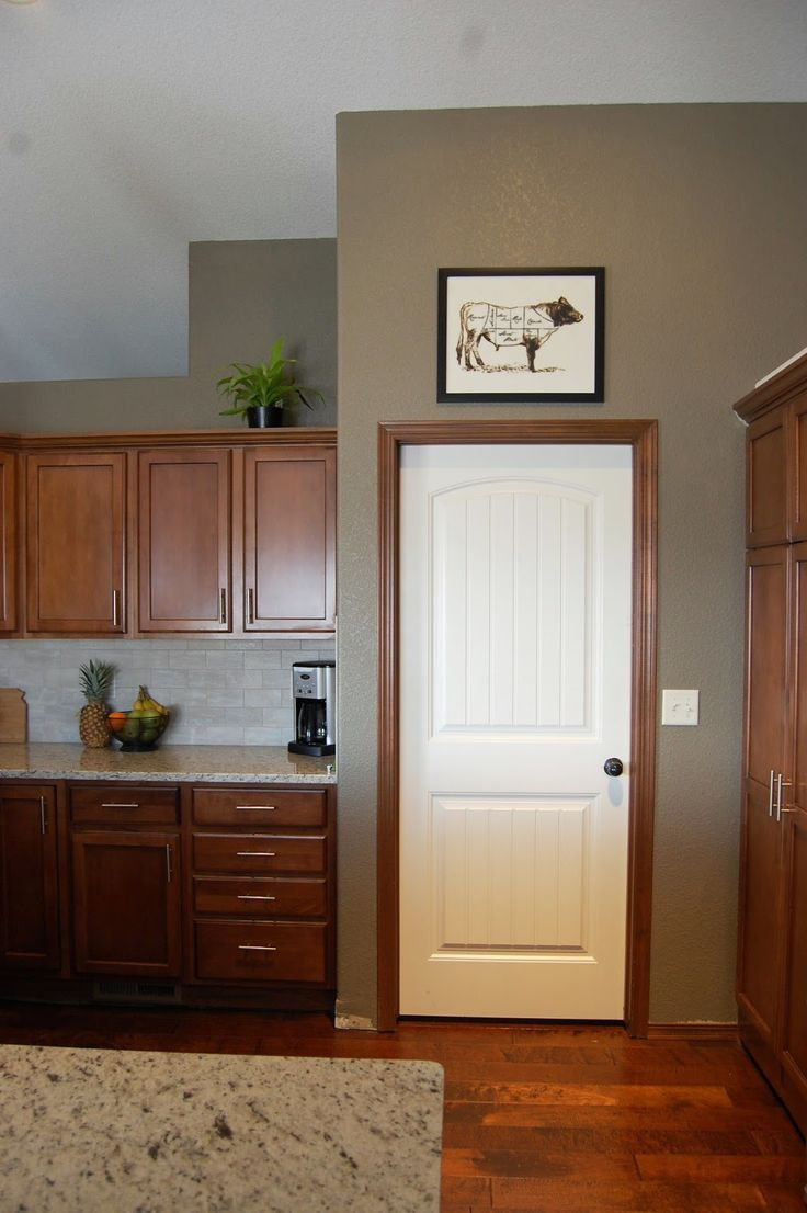 The 25 best brown trim ideas on pinterest manufactured for Brown interior paint colors
