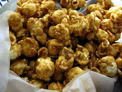 Caramel Corn is made with the extremely fresh popped corns which are coated with the delicious blend of sugar, butter and corn syrup. These are the perfect
