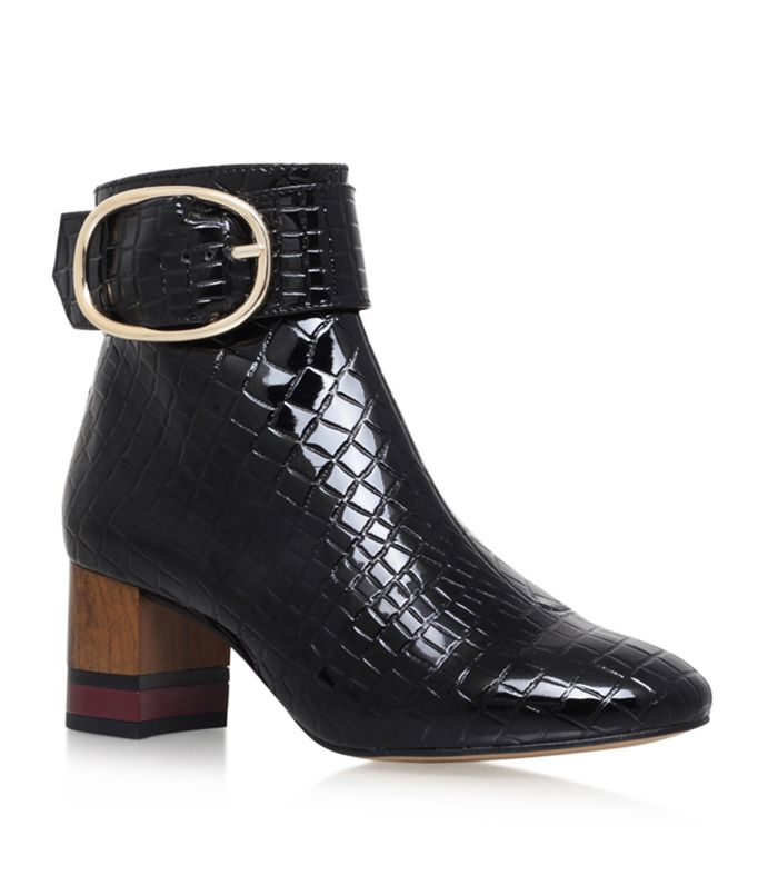 We love these @kurtgeiger boots. Style them up with cropped denim (and we won't tell anyone they're not vintage)...
