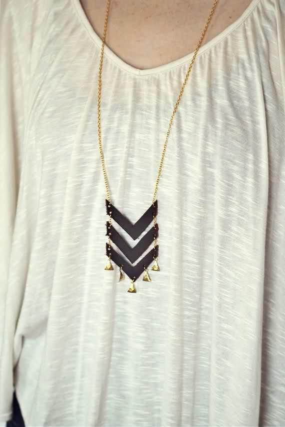 black + goldPretty Products, Black Gold, Gold Necklaces, Chevron Necklaces, New Products, The Navy, Leather Chevron, Beautiful Things, Gold Chevron