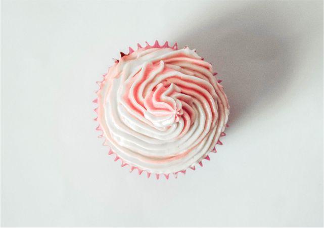 Pretty Pink Cupcakes #food #dessert #foodblog #foodblogger #meal #mealidea #baking #cupcake #bakingrecipe #recipe