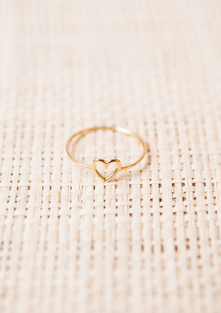 AURÉLIE BIDERMANN Love Ring http://amzn.to/2t5f4QT