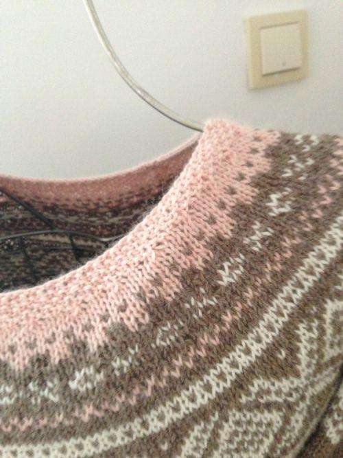 Hei :) Her kommer ett innlegg fra meg . Litt tid mellom hver gang . Har strikket en Marius genser...