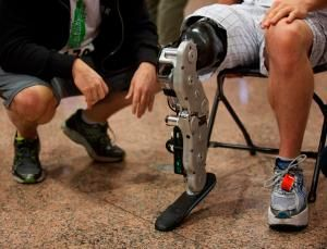 Man controls new prosthetic leg using thought alone