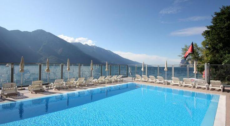 Kurzurlaub mit Hund am Gardasee: 3 Tage im 4-Sterne Hotel direkt am See + Frühstück, Wellnesscenter & vielen Sportmöglichkeiten ab 39 € - Urlaubsheld | Dein Urlaubsportal