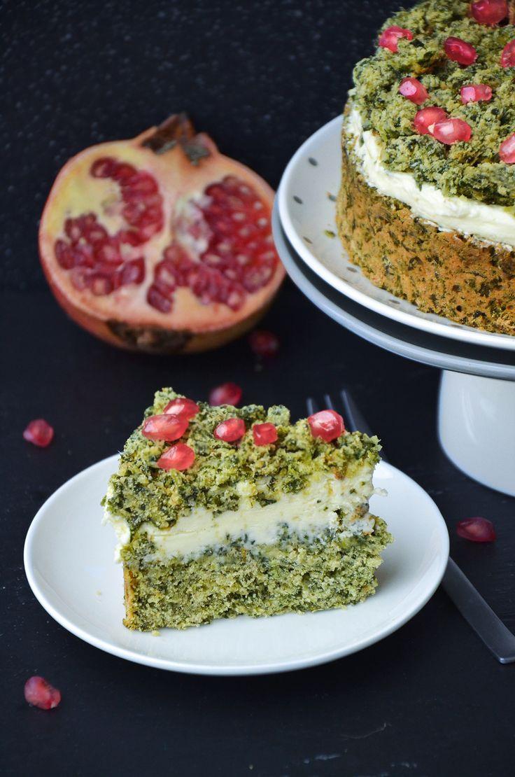 http://sokzycia.pl/lesny-zakatek-szpinakowiec/ #spinach #szpinak #ilovespinach #kocham #love #granat #pomegranate #cake #ciasto #food #healthy #healthylife #healthyfood #healthychoices #vegetarian #vegetarianfood #taste #recipe #bezglutenu #bezcukru #glutenfree #sugarfree #foodporn #foodlove #przepis #celebrity #baked #sokzycia
