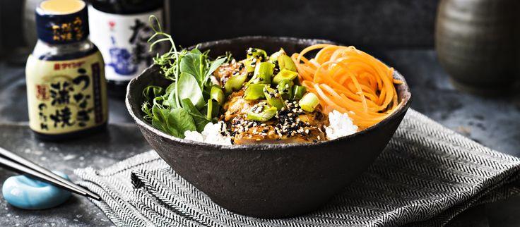 Donburi on japanilainen kulhoruoka, joka koostuu riisistä ja kasviksista sekä kanasta, lihasta tai kalasta sekä maukkaasta kastikkeesta. N. 3,25€/annos*.
