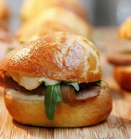 brioche roast beef horseradish cream