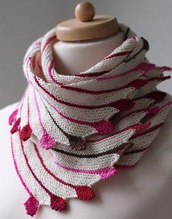 Leftie - Asymetrische sjaal, ideaal voor restjes garen in je favoriete kleuren! Nederlands patroon beschikbaar